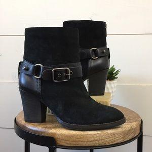 AQUATALIA Suede leather heeled booties size 6